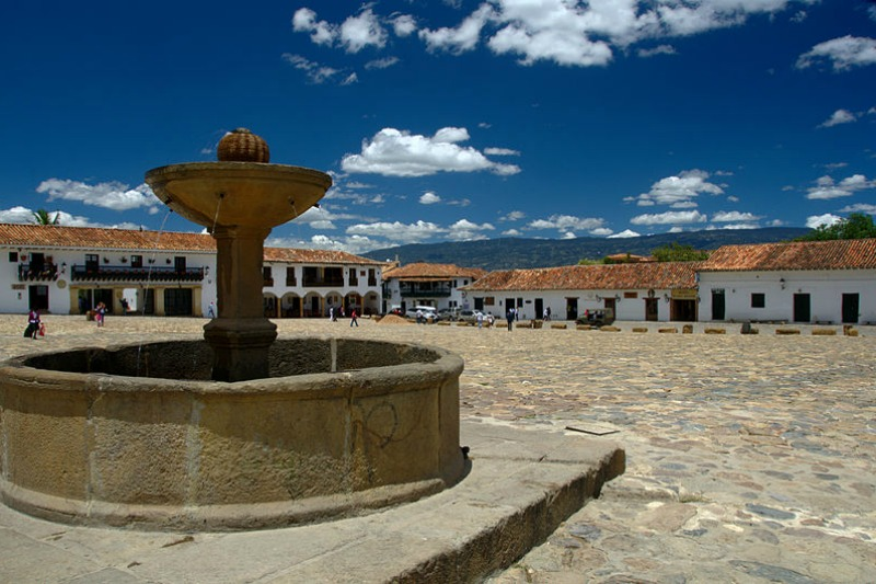 Places-to-visit-Colombia-Plaza-Central-Villa-de-leyva-2