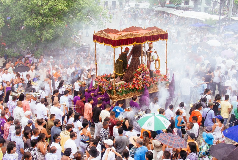 Easter in Colombia - The procession in Santa Fe de Antioquia